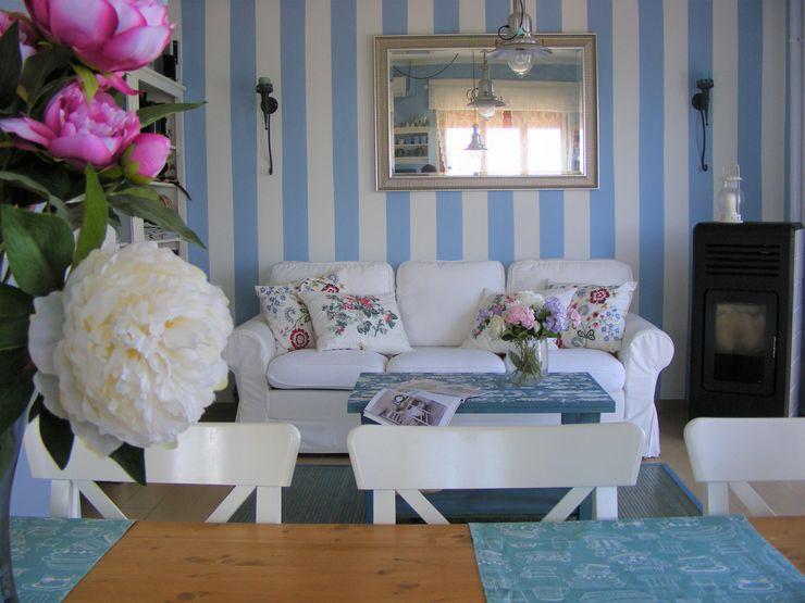SALOTTO Vanessa Home Staging Soggiorno in stile mediterraneo