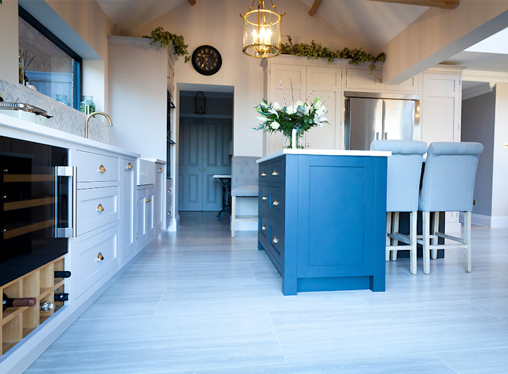 Stunning Cogenhoe Kitchen The White Kitchen Company Kitchen units Solid Wood Grey