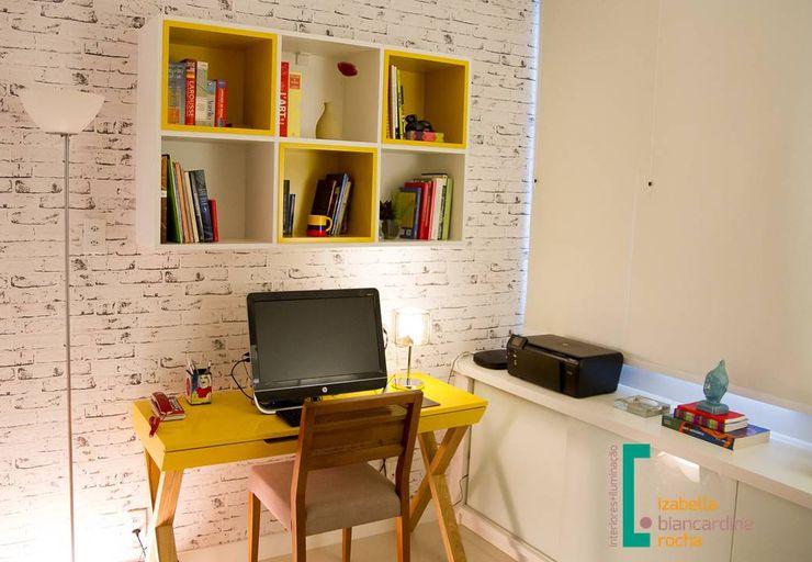 Projeto de mobiliário Izabella Biancardine Interiores Quartos pequenos