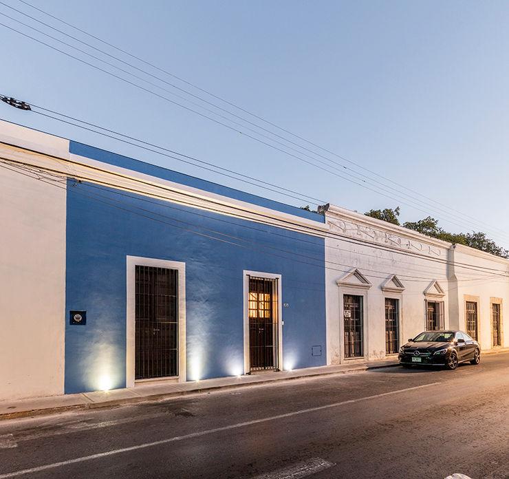 Fachada Taller Estilo Arquitectura Casas de estilo colonial Hormigón Azul