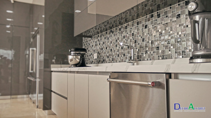 Decoralvarez Modern kitchen