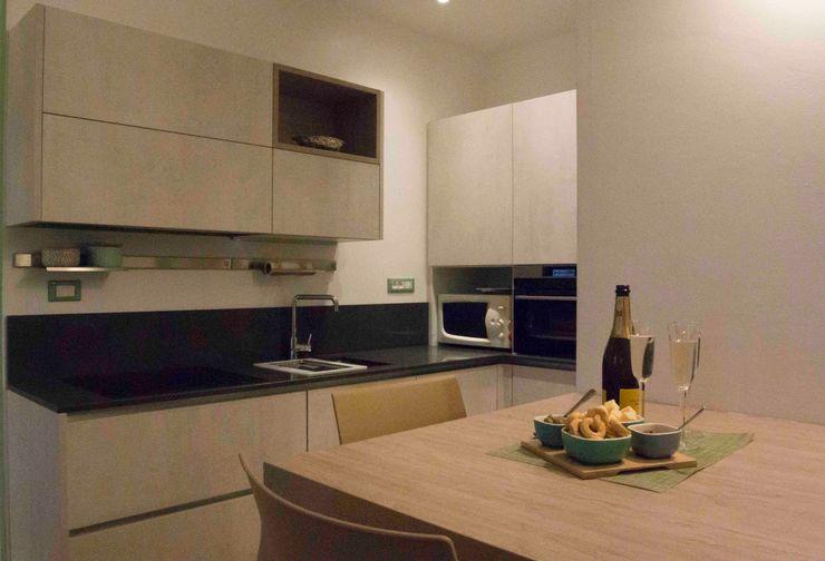 L'angolo di preparazione dei cibi Simona Muzzi Architetto Cucina moderna
