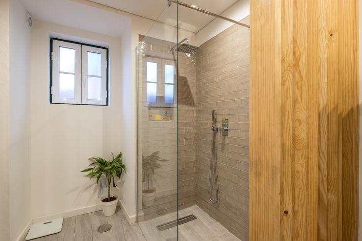 Atelier d'Maison Banheiros modernos