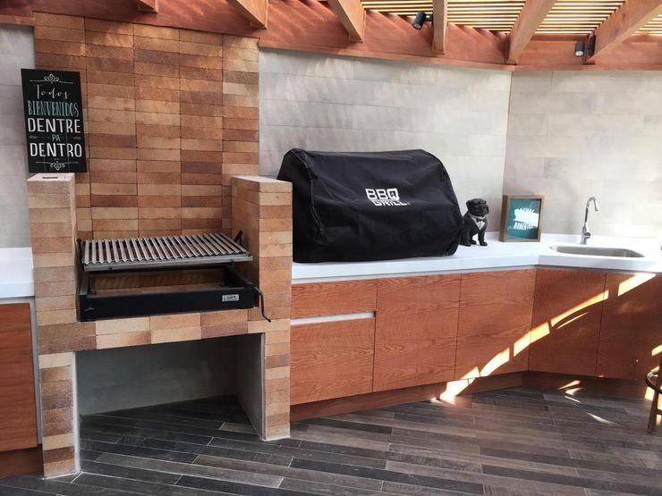 AUTANA estudio Patios & Decks Bricks Wood effect