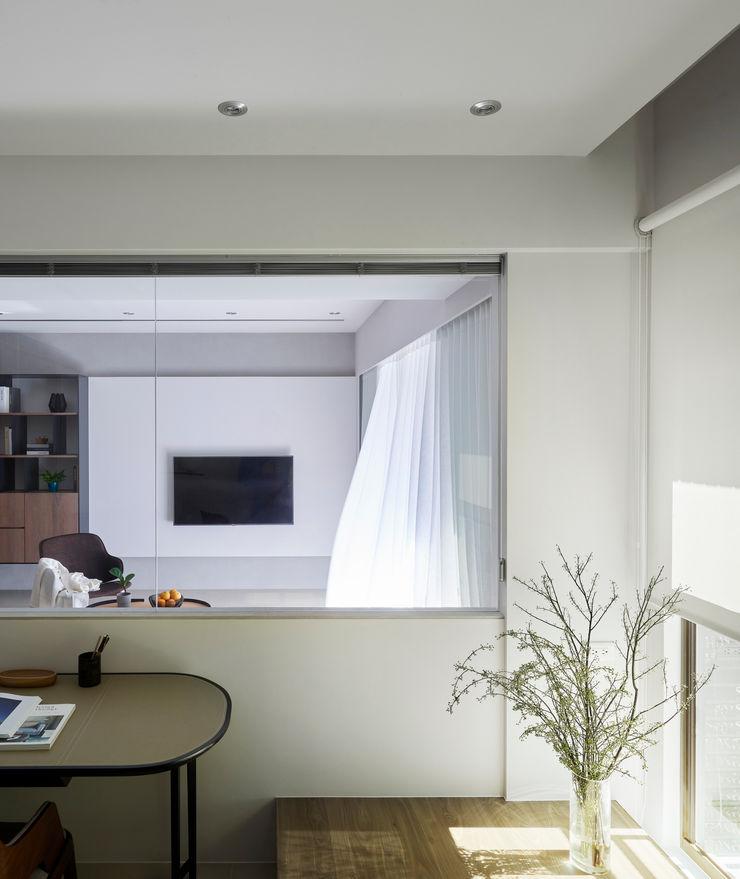 書房 樸十設計有限公司 SIMPURE Design Minimalist study/office