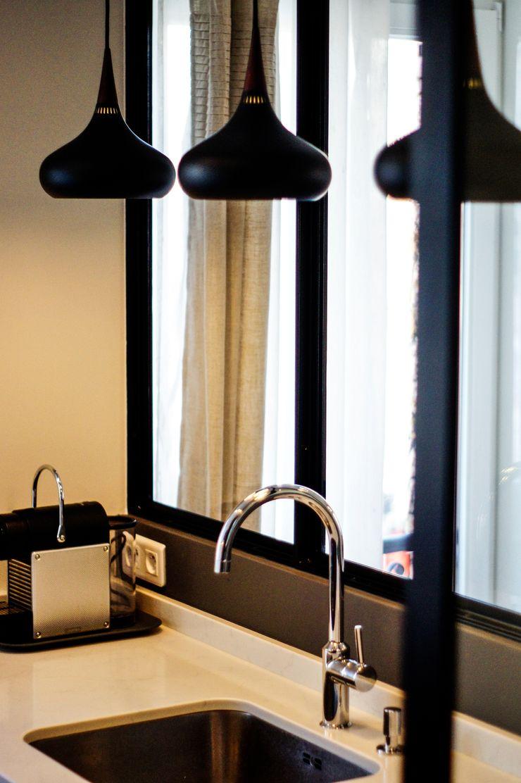 Détail - cuisine (évier et luminaires) Créateurs d'Interieur Cuisine industrielle