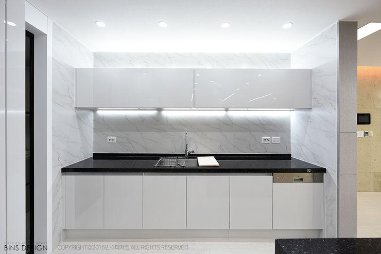 럭셔리 모던 컨셉 인테리어 빈스디자인 주방 설비 그레이
