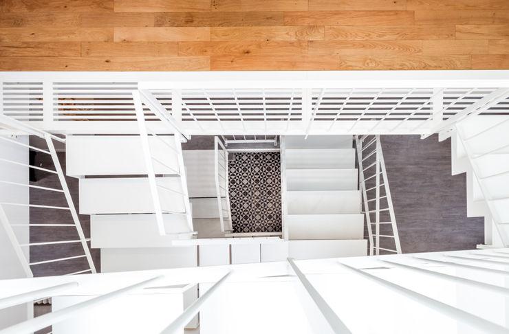 Vue en plongée de l'escalier Créateurs d'Interieur Escalier