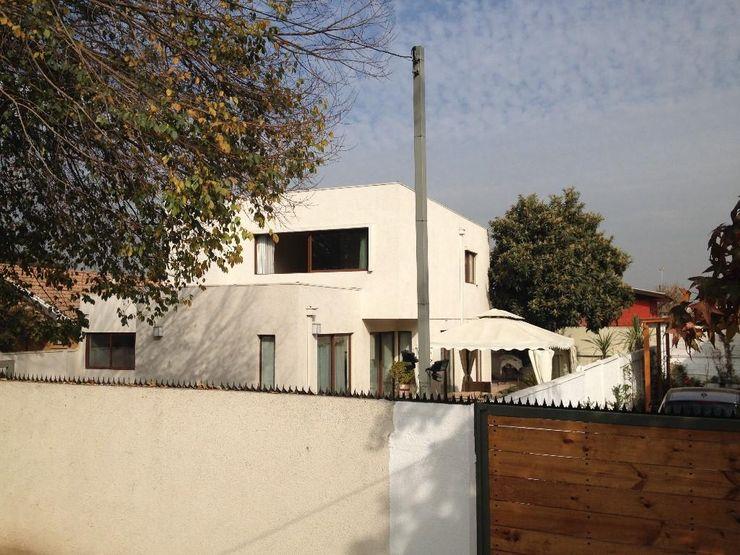 Comercial Ébano Spa Modern balcony, veranda & terrace