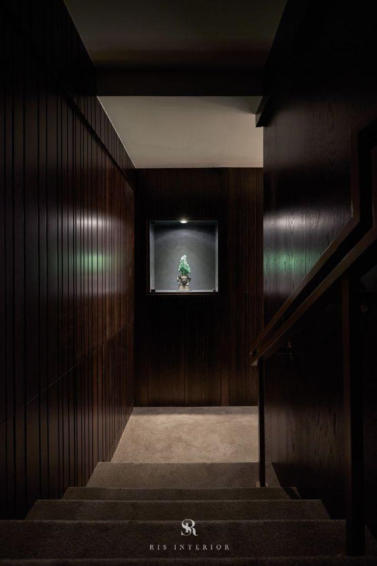 富壁寶鼎珠寶店 FBBD Jeweler 理絲室內設計有限公司 Ris Interior Design Co., Ltd. 辦公空間與店舖 銅/青銅/黃銅 Black