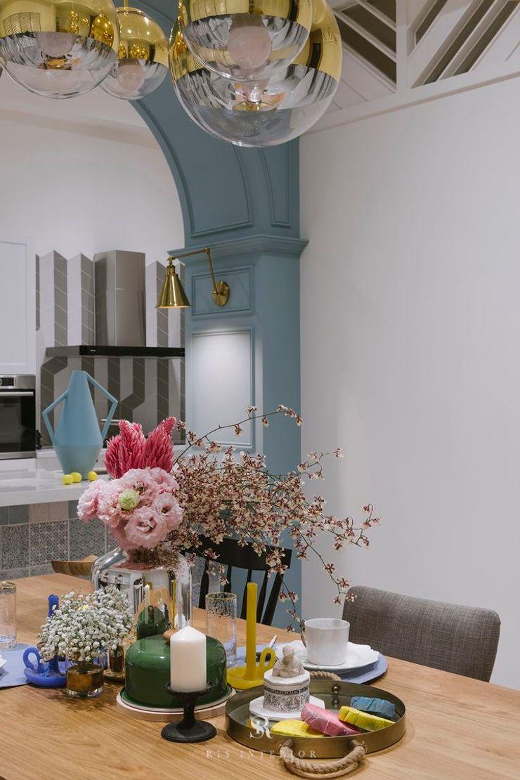 紛染.綿綿 Trochee of Tints 理絲室內設計有限公司 Ris Interior Design Co., Ltd. 小廚房 木頭 Blue