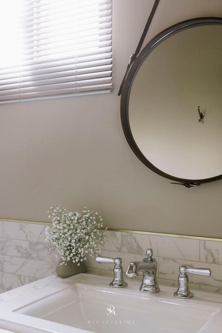 紛染.綿綿 Trochee of Tints 理絲室內設計有限公司 Ris Interior Design Co., Ltd. 浴室 銅/青銅/黃銅 Grey