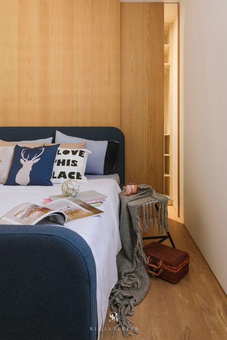 紛染.綿綿 Trochee of Tints 理絲室內設計有限公司 Ris Interior Design Co., Ltd. 小臥室 塑木複合材料 Wood effect