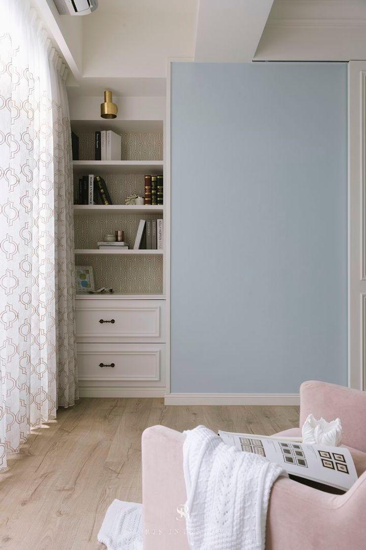 紛染.綿綿 Trochee of Tints 理絲室內設計有限公司 Ris Interior Design Co., Ltd. 小臥室 木頭 Blue