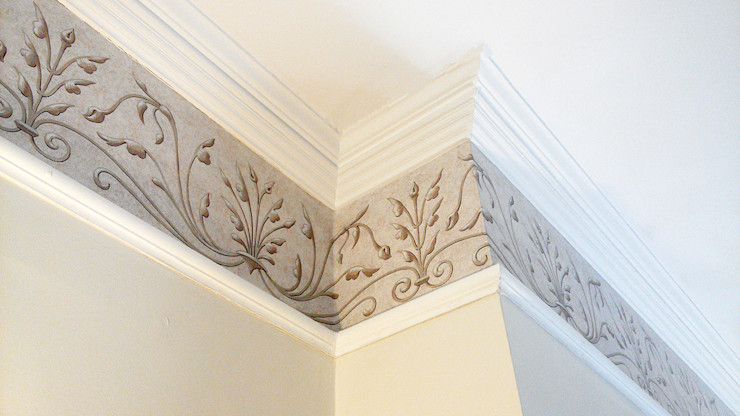 Renaissance Wallpaper Frieze Fiorentini Design Classic style walls & floors Beige