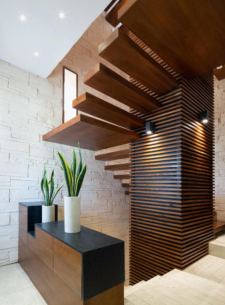casa de la p Daniel Cota Arquitectura | Despacho de arquitectos | Cancún Stairs Wood Wood effect
