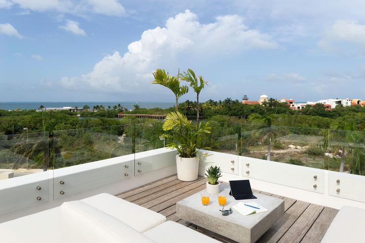 casa de la p Daniel Cota Arquitectura | Despacho de arquitectos | Cancún Roof Wood White