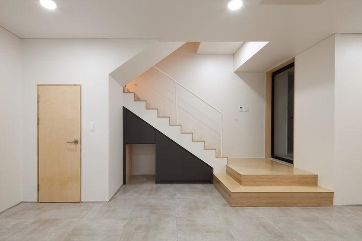 위드하임 Withheim Moderne Wohnzimmer