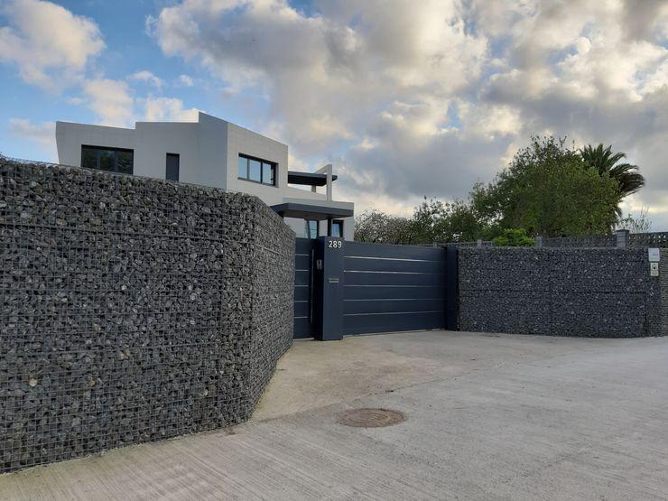 Cierre exterior. arQmonia estudio, Arquitectos de interior, Asturias Casas unifamilares
