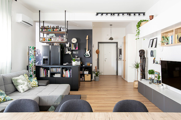 Facile Ristrutturare Salas de estilo moderno