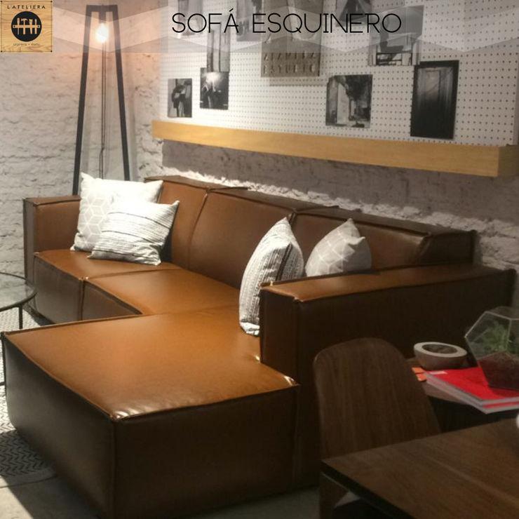 Sofá esquienro tapizado en vinipiel color tabaco L´ ATELIERA Salas/RecibidoresSofás y sillones Textil Marrón