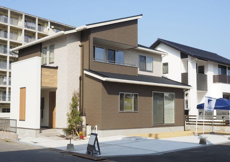 Live Sumai - アズ・コンストラクション - Wooden houses Multicolored