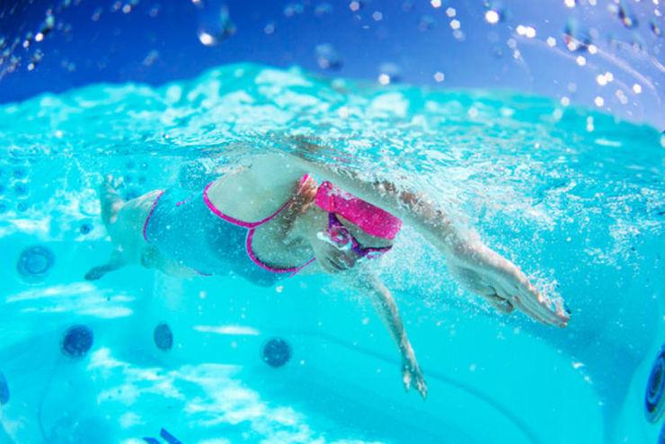 Schwimmen mit Gegenstrom SPA Deluxe GmbH - Whirlpools in Senden Moderne Pools