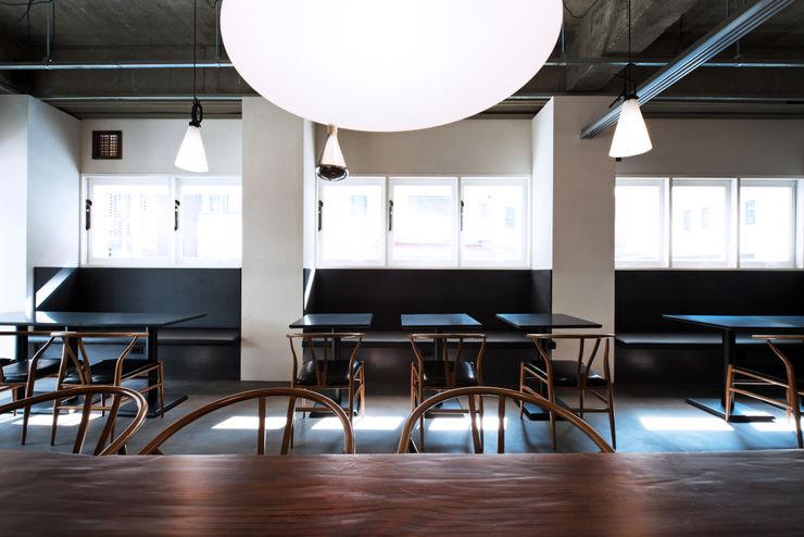 M's plan 엠스플랜 Livings modernos: Ideas, imágenes y decoración Blanco