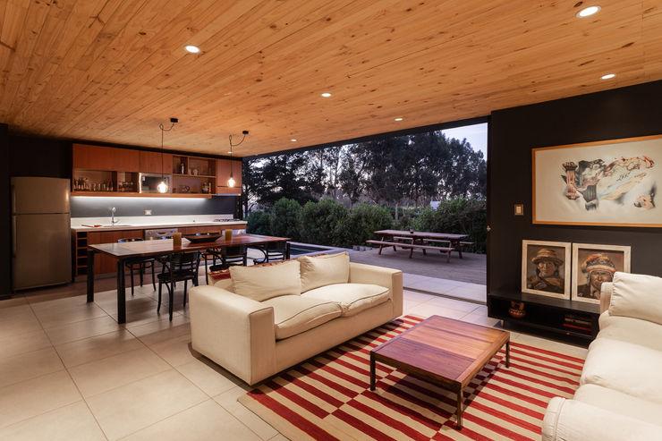 AFARQ Arquitectos Salones minimalistas