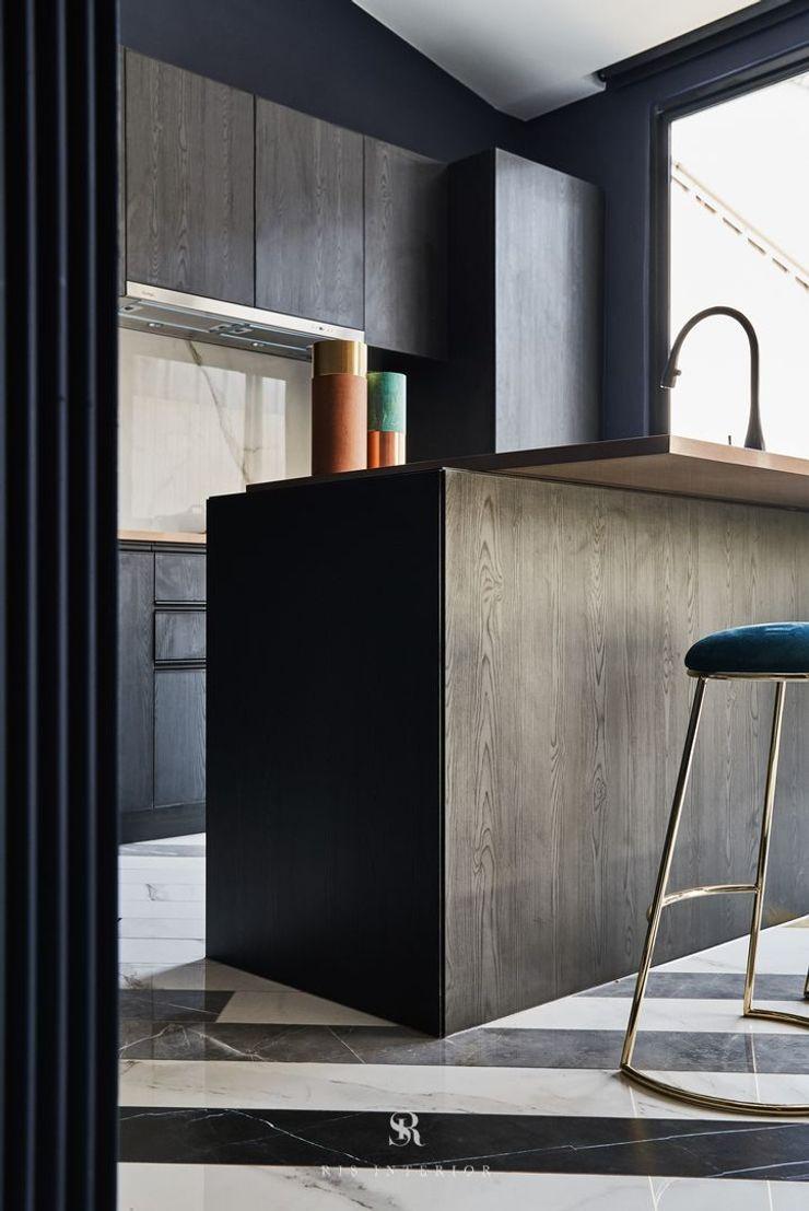 生生創研 XOR Creative Research 理絲室內設計有限公司 Ris Interior Design Co., Ltd. 系統廚具 金屬 Black
