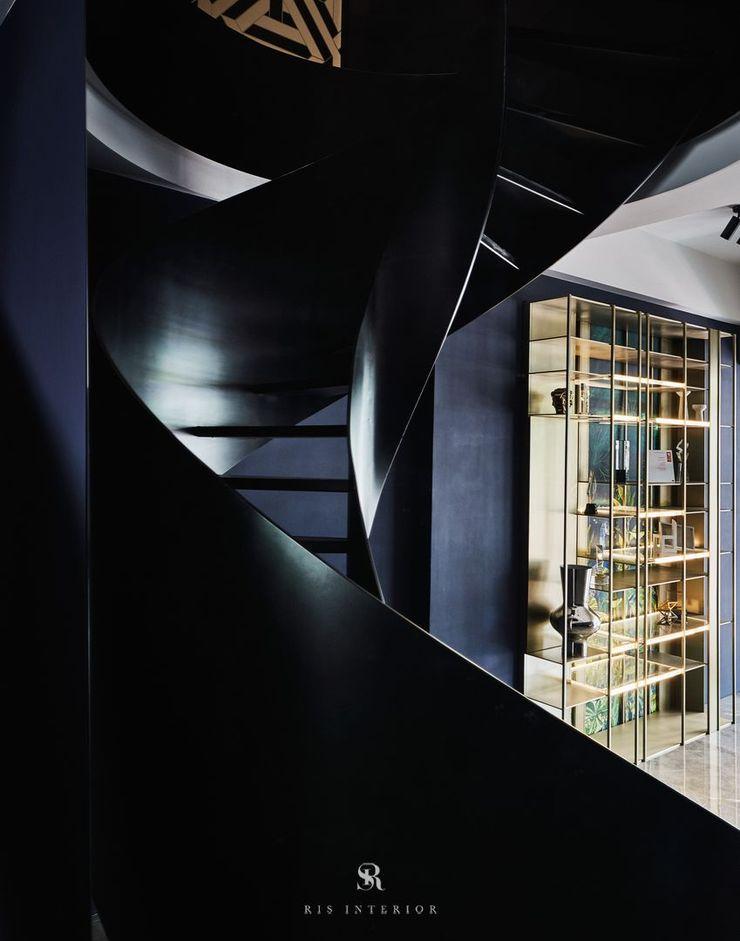 生生創研 XOR Creative Research 理絲室內設計有限公司 Ris Interior Design Co., Ltd. 樓梯 鐵/鋼 Black