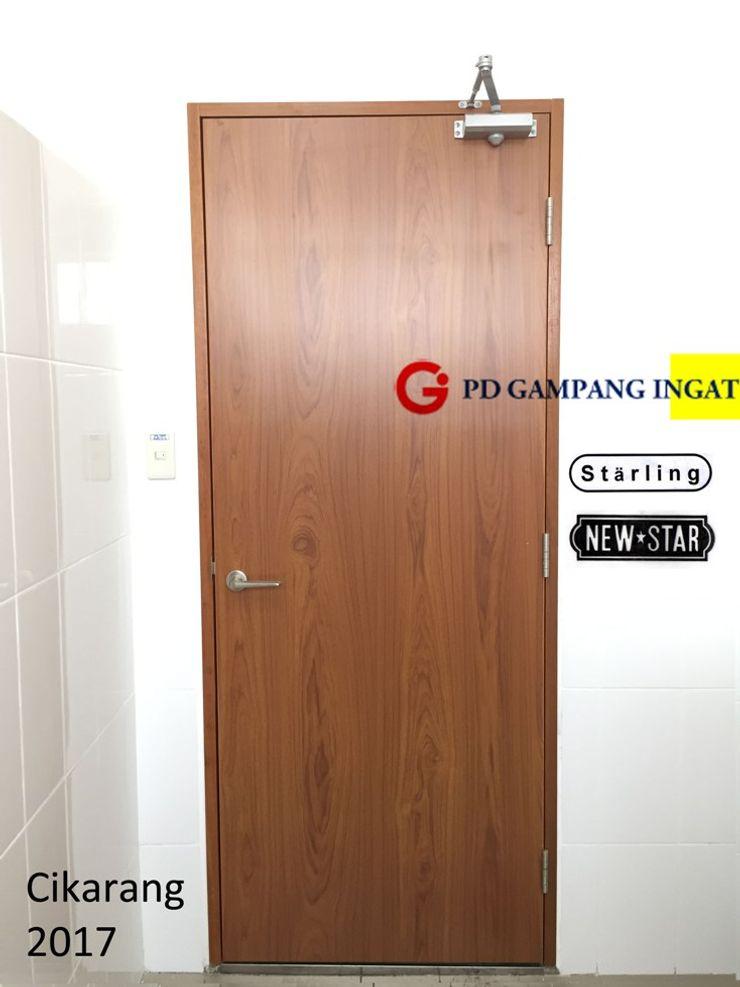 Gampang Ingat Inside doors Wood Metallic/Silver