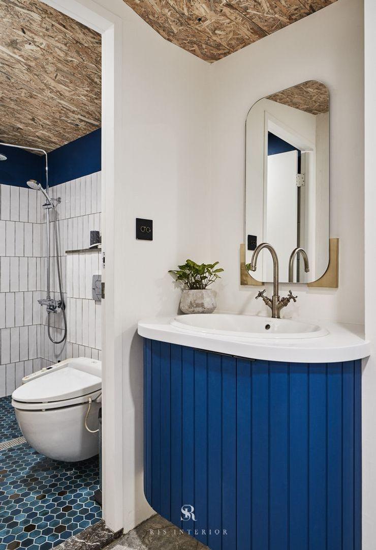 理絲室內設計 Ris Interior Design Workspace 理絲室內設計有限公司 Ris Interior Design Co., Ltd. 浴室 磁磚 Blue