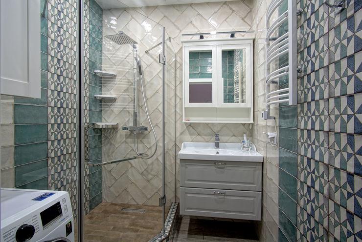 Студия интерьерного дизайна happy.design Phòng tắm phong cách hiện đại