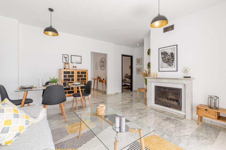 RH Design Salas de estar escandinavas Madeira Amarelo