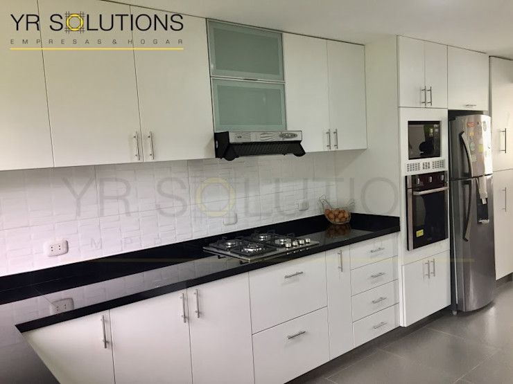 YR Solutions Classic style kitchen