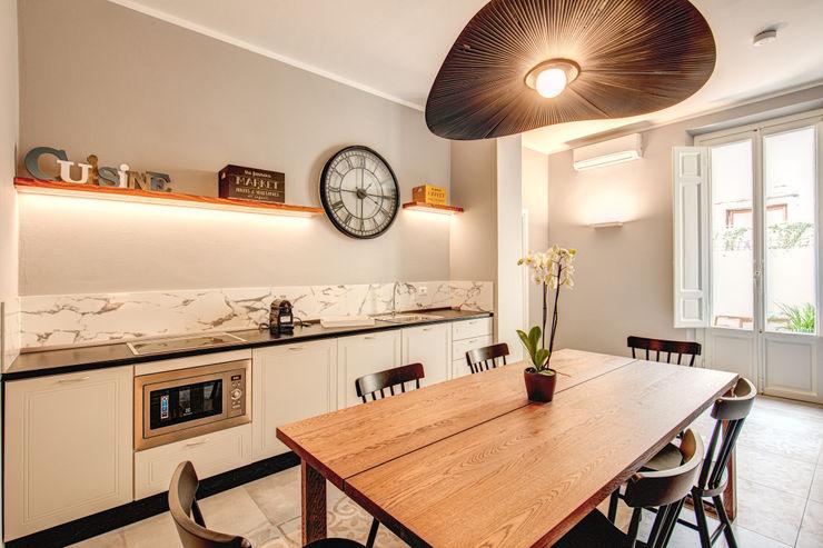 FONDERIA MOB ARCHITECTS Cucina moderna