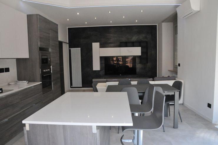 Casa P45 ArchitetturaTerapia® Cucina moderna PVC Grigio