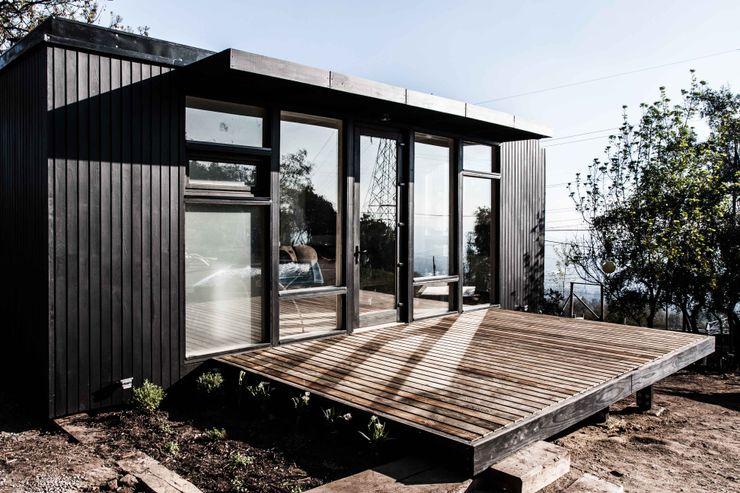 Estudio y casa de invitados lo cañas, terraza MACIZO, ARQUITECTURA EN MADERA Balcones y terrazas modernos Madera Acabado en madera