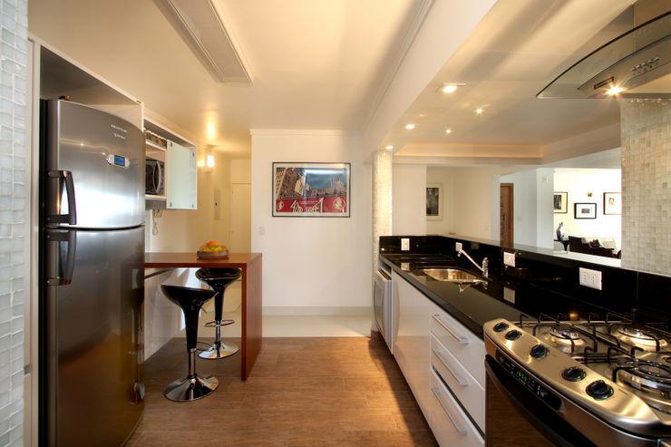 Cozinha Gourmet Célia Orlandi por Ato em Arte Cozinhas modernas