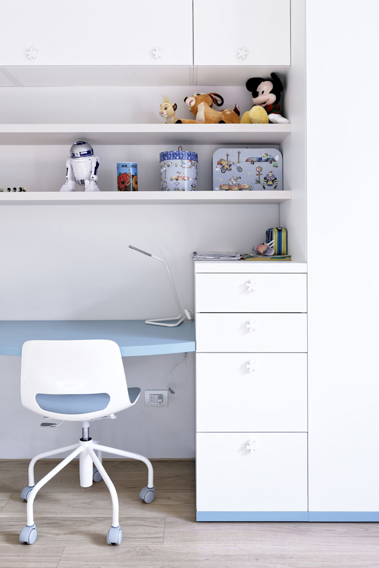 GruppoTre Architetti Modern style bedroom