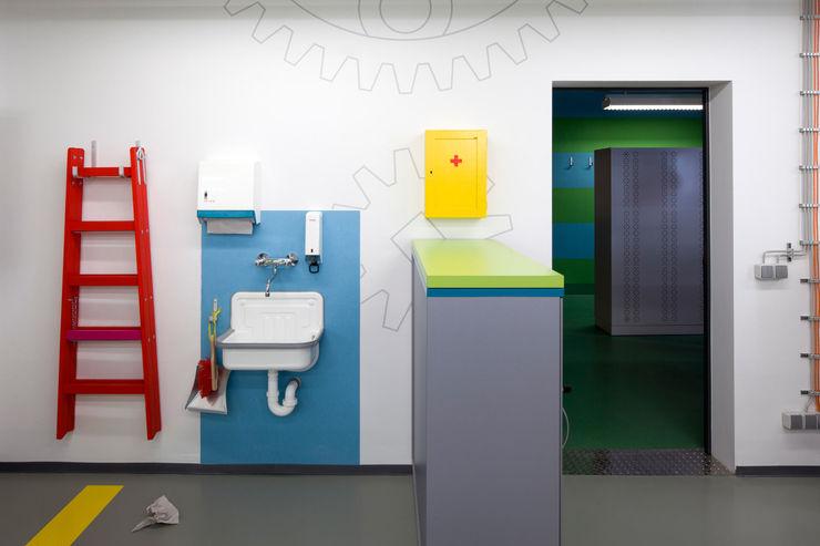 WANDGESTALTUNG _WERKSTATT FÜR UNBESCHAFFBARES - Innenarchitektur aus Berlin Moderne Bürogebäude