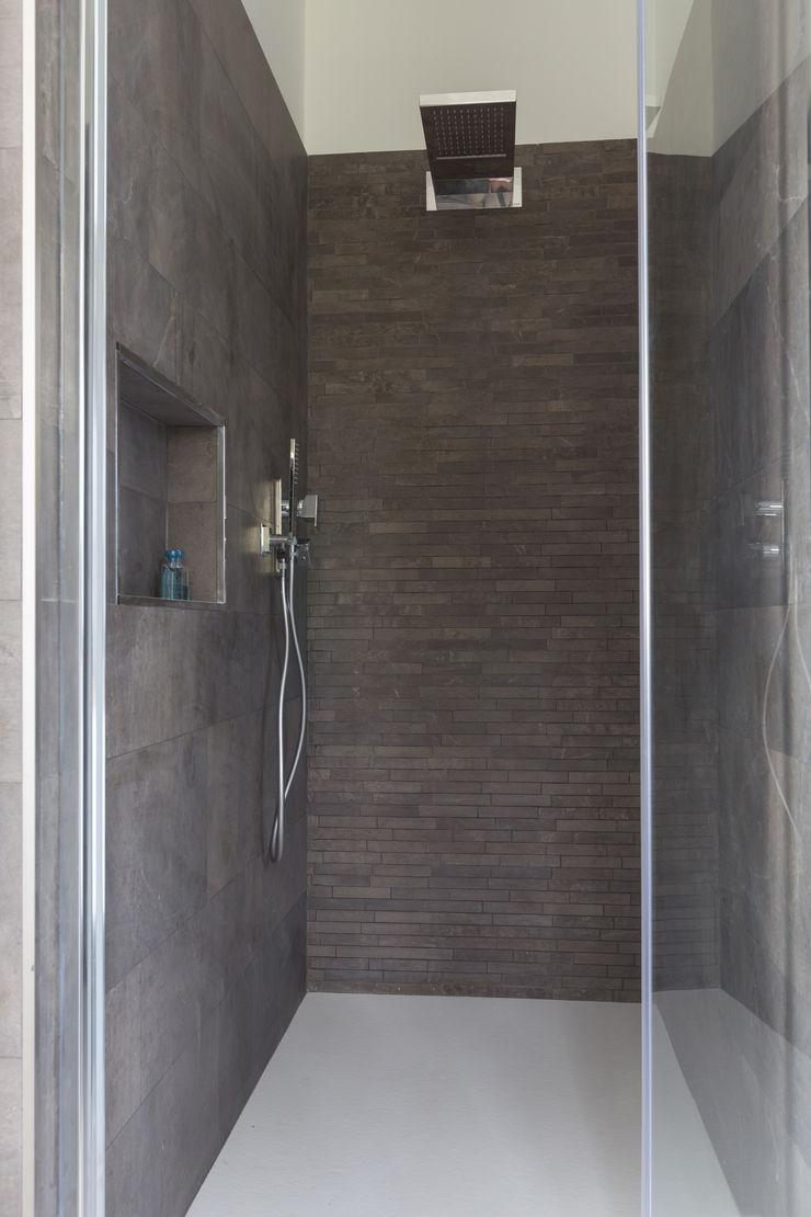 Bagno con doccia LM PROGETTI BagnoVasche & Docce