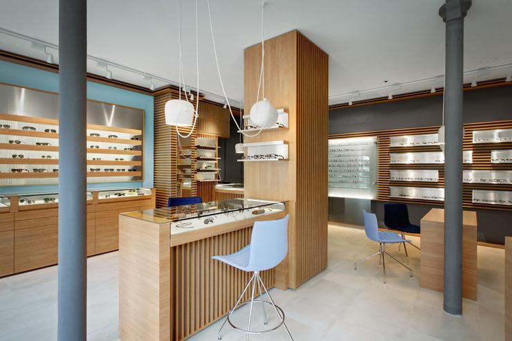 Alessandra Pisi / Pisi Design Architetti Офіси та магазини Дерево Різнокольорові