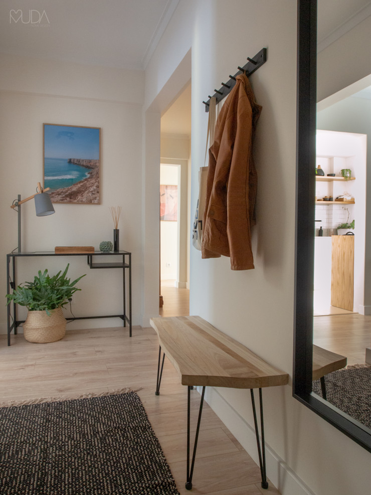 Hall   Depois MUDA Home Design Corredores, halls e escadas escandinavos