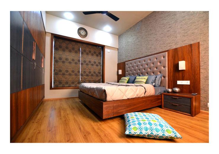 2BHK Gaurav and Seema | Balewadi, Pune | 2017 Nikhil Kanthe Minimalist bedroom