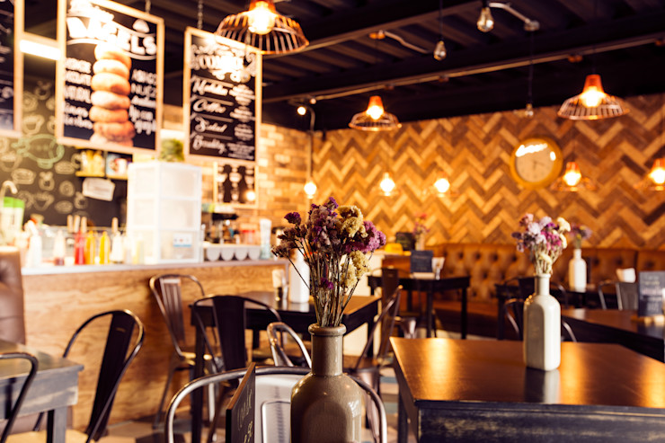 """Cafetería """"Big apple bagels"""" PURO interiorismo Gastronomía de estilo industrial"""