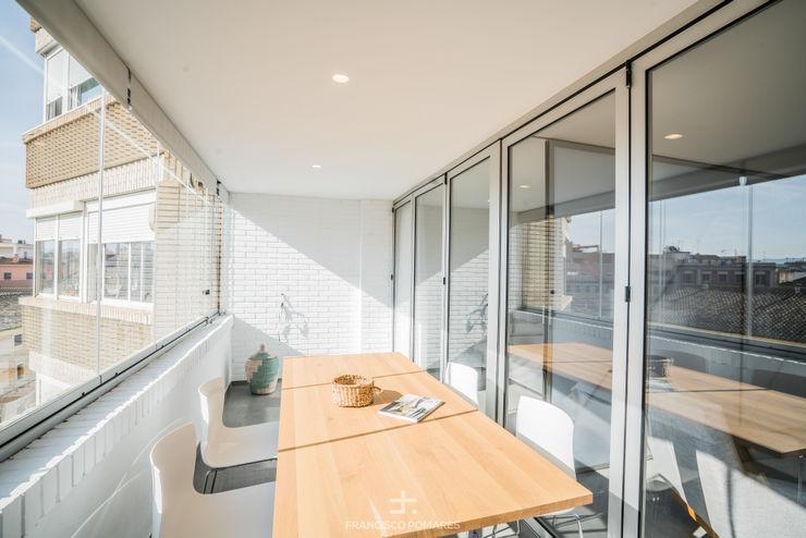 Terraza - balcón Francisco Pomares Arquitecto / Architect Balcones y terrazas de estilo moderno