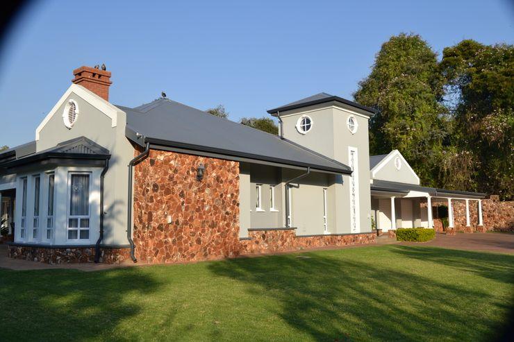 House Irene Estate, Pretoria Nuclei Lifestyle Design Modern houses