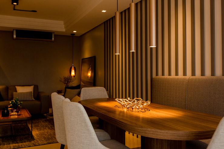 ZOMA Arquitetura Modern dining room